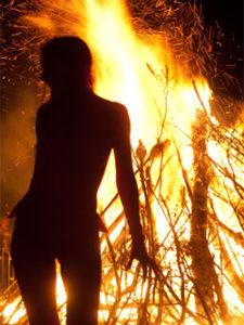 beltane_woman_fire